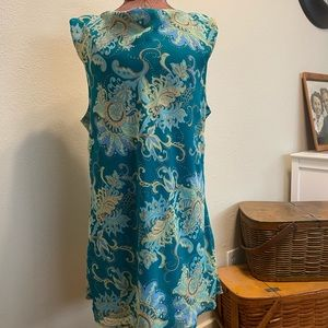 Floral Tunic Blouse, Sleeveless & Fully lined.